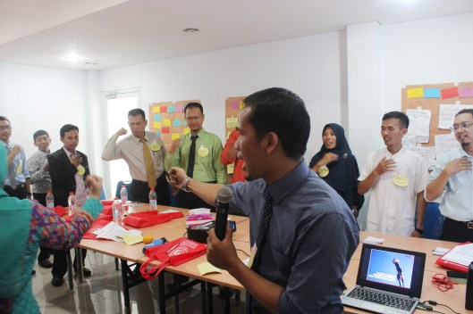 Training Public Speaking Guru (2)